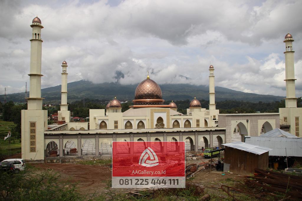 interior-kubah-masjid-tembaga-kuningan-12