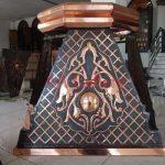 Mahkota Pilar Tembaga Dan Kuningan Thumbnail